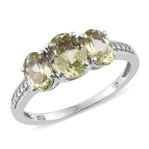 Madagascar Yellow Apatite Platinum Over Sterling Silver Trilogy Ring (Size 9.0) TGW 2.90 cts.