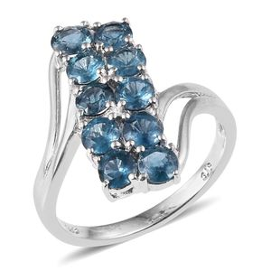 Teal Kyanite Platinum Over Sterling Silver Ring (Size 5.0) TGW 2.80 cts.