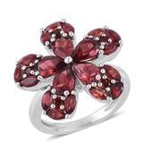 Mozambique Garnet Sterling Silver Ring (Size 10.0) TGW 4.430 cts.