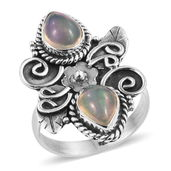 Artisan Crafted Ethiopian Welo Opal Sterling Silver Elongated Ring (Size 6.0) TGW 2.39 cts.