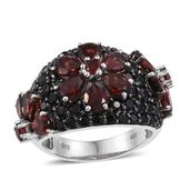 Mozambique Garnet, Thai Black Spinel Platinum Over Sterling Silver Ring (Size 7.0) TGW 9.81 cts.