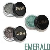 Cougar Beauty Emerald Eye Shadow Trio With Brush