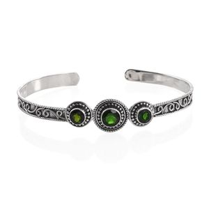 Artisan Crafted Russian Diopside Sterling Silver Cuff (7.50 in) TGW 3.63 cts.