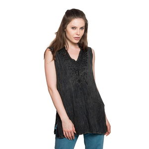 Black Embroidered 100% Viscose Crepe Sleeveless Top (S/M) (W:18.5in, L:28in)