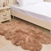 Luxury Beige 100% Acrylic Faux Fur Comfort Foam Rug (76x40 In)