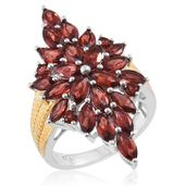 Mozambique Garnet 14K YG and Platinum Over Sterling Silver Elogated Ring (Size 7.0) TGW 7.20 cts.