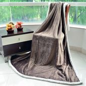 Taupe Microfiber Flannel Blanket with Sherpa (59x78 in)