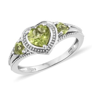 Hebei Peridot Platinum Over Sterling Silver Heart Ring (Size 8.0) TGW 1.50 cts.