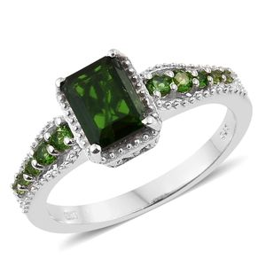 Russian Diopside Platinum Over Sterling Silver Ring (Size 5.0) TGW 1.96 cts.