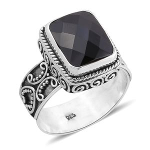 Bali Legacy Collection Thai Black Spinel Sterling Silver Solitaire Ring (Size 7.0) TGW 6.50 cts.