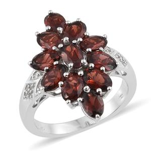 Mozambique Garnet, Cambodian Zircon Platinum Over Sterling Silver Ring (Size 7.0) TGW 6.20 cts.