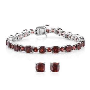 Mozambique Garnet Platinum Over Sterling Silver Stud Earrings and Bracelet (7.25 In) TGW 30.85 cts.