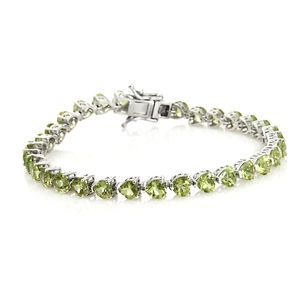 TLV Hebei Peridot Platinum Over Sterling Silver Bracelet (7.25 In) TGW 14.20 cts.